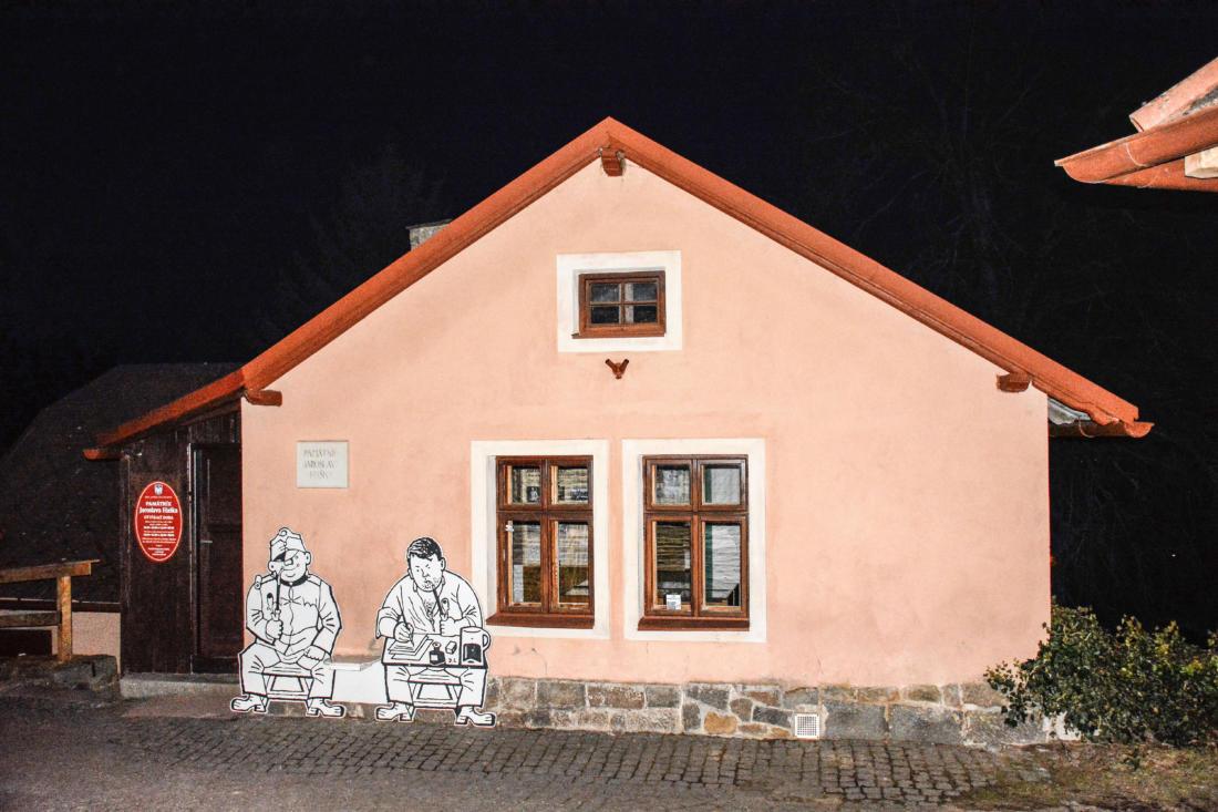 Dům, ve kterém trávil Jaroslav hašek poslední měsíce svého života. Dnes je zde umístěno jeho muzeum.